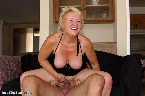 foxy mama naked jpg 1504x1000