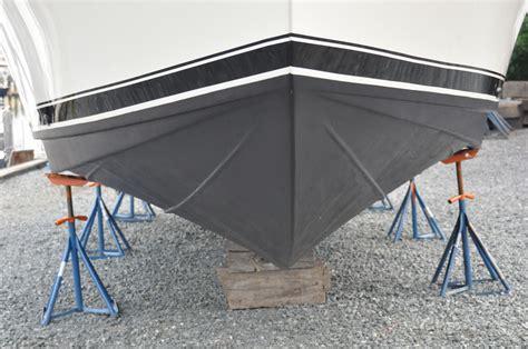 boat bottom liner png 3000x1993